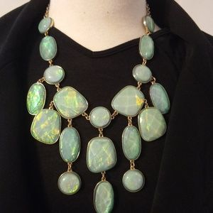 Jewelry - Iridescent Large Statement Necklace
